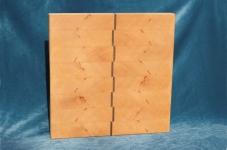 Modell 11: Schneidebrett Buche mit Nußbaumeinlage