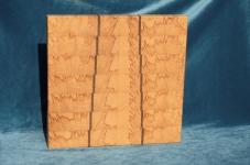 Modell 15: Schneidebrett Kernbuche mit Nußbaumeinlagen
