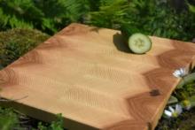 Schneidebrett Kernbuche / Buche mit Nußbaumstreifen, Maße: 480 x 320 mm